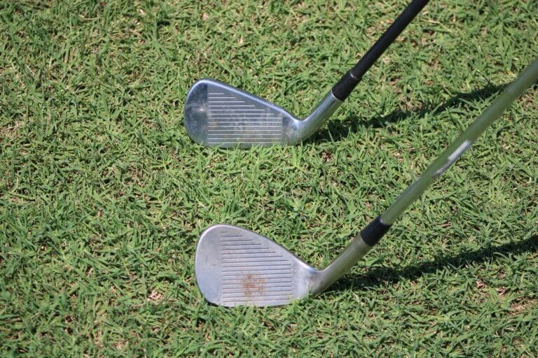 How far is the average golfers 7 iron distance